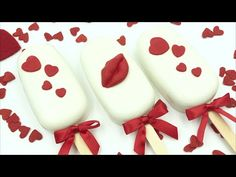 In this video you will learn how to create of your delicious treat you to some chocolate candy melts and cake. In this video I will show you how to create ca. Ice Cream Pops, Diy Ice Cream, Yummy Ice Cream, Valentines Day Desserts, Valentine Cake, Valentine Treats, Chocolate Covered Treats, Chocolate Candy Melts, Paletas Chocolate