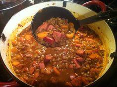 Spanish Chorizo and Lentil Soup: cooking 101 (America's Test Kitchen) http://princessofpavement.com