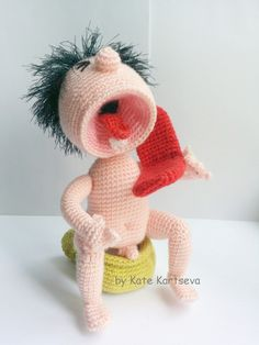 Crochet Patterns Gifts The screamer from anna-t The beer muzhka from Margarita: The cat … Crochet Art, Crochet Granny, Crochet Gifts, Crochet Patterns, Knitted Dolls, Crochet Dolls, Crochet Humor, Felt Toys, Cute Dolls