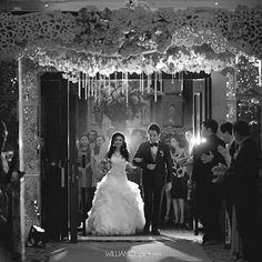 Photo and video @williamcl_pictures  Bridal @lecreateur_id   Wo @youming_wo   Entertainment @youming_wo   Flower @lilyfloristry   #weddingjakarta #wedding #entrance #blackandwhite #bw #williamclpictures #weddingku #bridestory