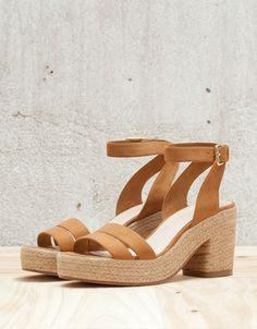Bershka Portugal - BSK combined low heel sandals