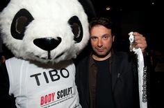Bruno Salomone soutient les activités paranormales des pandas (www.ma-mascotte.com)