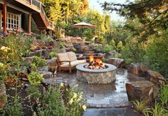 Wish you could take your outdoor space from plain to Pinterest-perfect? You can—and we're here to help! In the July/August issue of Every Day with Rachael Ray (pick up your copy on June 9th!), we teamed with with the pros at Porch to share four drool-worthy backyard upgrades and tell you how to get each [...]
