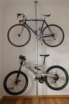 Wahrscheinlich sind Sie schon einmal auf das Problem gestoßen, wie und wo Sie Ihr Fahrrad aufbewahren.Es sollte so gestellt sein..Das Fahrrad zu Hause