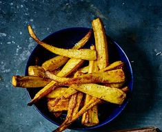 Take your standard veggie side dish to the next level by tossing parsnips in maple syrup, cumin and turmeric - a great accompaniment to Sunday lunch Veggie Side Dishes, Vegetable Sides, Roasted Parsnips, Salted Caramel Brownies, Roasted Root Vegetables, Vegan Parmesan, Chocolate Mix, Xmas Food, Vegetarian Chocolate