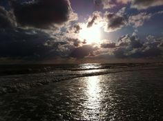 Clearwater Beach, FL. Best sunsets in the country. Hands down.