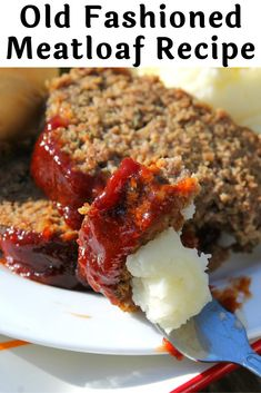 Very easy traditional old fashion meatloaf recipe. The Best Old Fashioned Meatloaf Recipe You Will Eat I LOVE this meatloaf recipe! It's simple and easy and tastes amazing. Nothing like an old fashion meatloaf recipe as the ultimate comfort food. Best Old Fashioned Meatloaf Recipe, Classic Meatloaf Recipe, Good Meatloaf Recipe, Meat Loaf Recipe Easy, Best Meatloaf, Meatloaf Recipe Made With Oatmeal, Meatloaf Recipe With Crackers, Pioneer Woman Meatloaf, Pastries