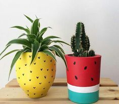 23 Clever DIY Christmas Decoration Ideas By Crafty Panda Painted Plant Pots, Painted Flower Pots, Christmas Decorations To Make, Christmas Diy, Diy Home Cleaning, Kitchen Cleaning, Cleaning Hacks, Pottery Painting Designs, Clever Diy
