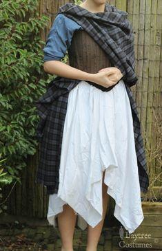 Scottish Costume, Scottish Dress, Scottish Fashion, Scottish Clothing, Medieval Clothing, Larp, Arisaid, Great Kilt, Celtic Costume