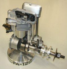Cutaway museum display Saito FA-120 4 cylinder model aeroplane engine