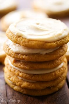 Soft Pumpkin Sugar Cookies with Caramel Cream Cheese Frosting - Chef in Training - Cookies, whoopie pies, biscuits. - Soft Pumpkin Sugar Cookies with Caramel Cream Cheese Frosting… These will be some of THE BEST pum - Pumpkin Recipes, Fall Recipes, Cookie Recipes, Dessert Recipes, Drink Recipes, Cream Cheese Cookies, Cookies Et Biscuits, Cookies Soft, Baby Cookies