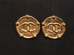 Chanel Vintage XLarge Gold CC Round Clip Earrings Jumbo Authentic Stamped $295