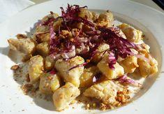 Gnocchi di patate e zucca con salsa al radicchio e noci