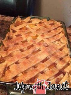 Hot Peach Cobbler Recipe Easy Desserts, Delicious Desserts, Pie Dessert, Fruit Dessert, Dessert Ideas, Roasted Turkey, Cobbler Recipe, Sweet Treats, Cooking Recipes