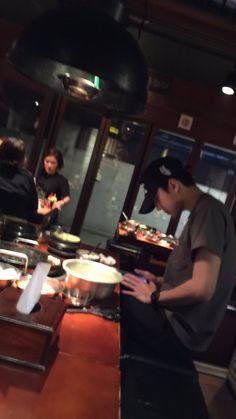 imagine sehun is dinner with you. you : sehun- (you called him,but he ignored). sehun said : wait a minutes darling, i got a message from your mother,she asking me where we are. K Pop, Christian Yu, Exo Lockscreen, Guan Lin, Lai Guanlin, Kim Minseok, Exo Members, Jiyong, Chanbaek
