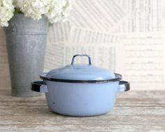Vintage Blue Enamel Pot with Lid, Small Blue Enamel Pot, Vintage Kitchen, Farmhouse Kitchen, Country Kitchen
