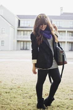 travel outfit: leather leggings, striped tunic, and a boyfriend blazer