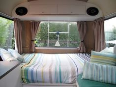 ahhhhh...nice bedroom!...........   Bedford Bus to Tiny House Conversion