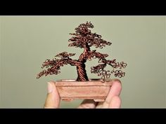 How to make Miniature Wire Tree. Tree Branch Crafts, Tree Branches, Tree Tree, Wire Crafts, Metal Crafts, Air Dry Modeling Clay, Ming Tree, Bonsai Wire, Wire Tree Sculpture