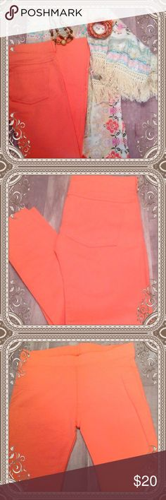 """NWOT Coral Leggings These are beautiful 24"""" ankle cropped leggings from DSW. They have never been worn. Size says S/M but I would say more to the small size. A fabulous match to the Kimono in my other listing. Jewelry available too. Make an offer on a bundle and you could have a great outfit for Spring! DSW Pants Leggings"""