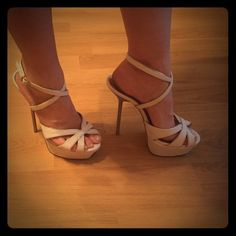 White and Gold Heels worn maybe twice. white and gold. 7 1/2 runs true to size. penny loves kenny Shoes Heels