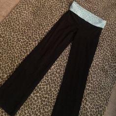 Pink Victoria's Secret yoga pants Good condition lime green and white design on top Blackbottom PINK Victoria's Secret Pants