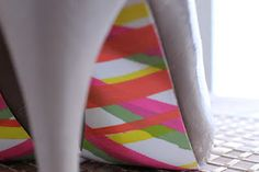 Painted shoe soles: Madras pattern
