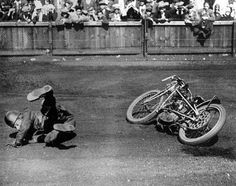 Early dirt-track racer.  Couldn't control the drift.