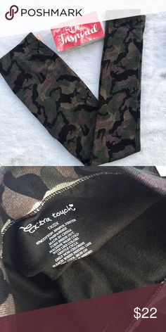 Camo print - fleece lined leggings Very beautiful leggings for this winter . Tag says 1x/2x  but would best for size 14-16. Pants Leggings