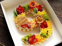 Alphabet Cake, Number Cakes, Platter, Sushi, Ethnic Recipes, Food, Essen, Meals, Yemek