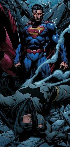 Antes superman era mas poderoso. Solo los creadores actuales ponen superior a batsy