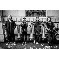 いいね!66.6千件、コメント423件 ― Tomoya Kankiさん(@tomo_10969)のInstagramアカウント: 「🇨🇳🇨🇳🇨🇳 🤭🤭🤭 📸 @julenphoto #shanghai」 One Ok Rock, Memes, Singer, Music, Tomoya, Rook, Instagram, Shanghai, Entertainment
