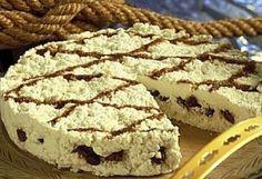 Dravle fra Voss oppskrift -- www. Norwegian Food, Tiramisu, Pie, Ethnic Recipes, Desserts, Scandinavian, Traditional, Cake, Fruit Cakes
