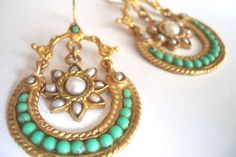 vintage style with malachite and pearl