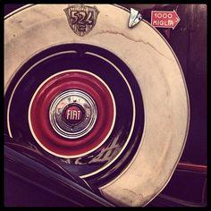 la ruota . car wheel