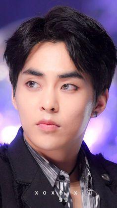 Idk who he is but he hot af Exo Xiumin, Kim Minseok Exo, Exo Ot12, Kpop Exo, Exo Kai, Kris Wu, Xiuchen, Kim Min Seok, Bts And Exo