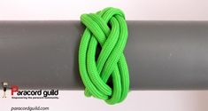 3L4B turk's head knot. Turks Knot, Paracord Knots, Paracord Projects, Diy, Home, Knots, Bricolage, Do It Yourself, Homemade