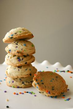 Puffy Sprinkle Sugar Cookies 2 sticks butter, at room temperature  1 1/4 cups granulated sugar  2 teaspoons vanilla extract  1/2 teaspoon almond extract  1 large egg 2 1/2 cups all-purpose flour 1/4 cup cornstarch 3/4 teaspoon baking soda 1/2 teaspoon salt Heaping 1/4 cup sprinkles