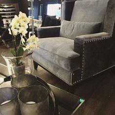 Adora armchair dark grey velvet ➰ NOK 5900,-