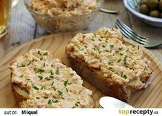 Pomazánka ze smažených vajec recept - TopRecepty.cz Party Snacks, Banana Bread, Mashed Potatoes, Recipies, Food And Drink, Appetizers, Toast, Vegetables, Cooking
