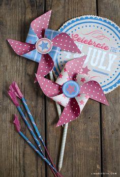 Printable patriotic paper pinwheels. #redwhitebgosh