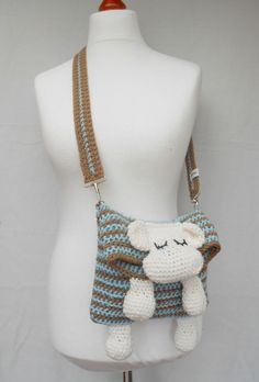 Knitting Patterns Toys Shoulder Bags - Sheepskin - Bag for Kids - a unique product by SilviaJaeger on DaWanda Crochet Handbags, Crochet Purses, Crochet Toys, Crochet Baby, Free Crochet, Knit Crochet, Knitting Patterns, Crochet Patterns, Crochet Shoulder Bags