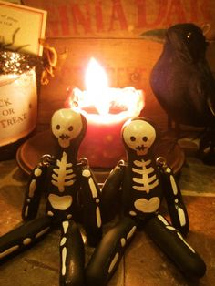 Halloween Craft | These cute skeleton dolls are so easy to make. #Halloween  --Photo Credit: Bonnie Thomas