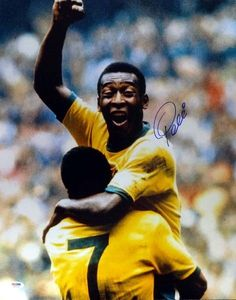 Pele Autographed 16x20 Photo CBD Brazil PSA/DNA Stock #77878
