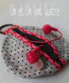Tuto - Etui écouteurs by Un et Un font Quatre