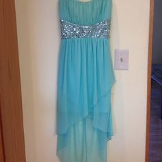 Homecoming Dress Worn only once, perfect condition Deb Dresses Prom