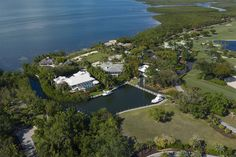 10 CANNON POINT, KEY LARGO, FL - Luxury Pulse Real Estate - United States - For sale on LuxuryPulse. Key Largo Fl, Boat Slip, Sport Fishing, Pent House, Fort Lauderdale, South Beach, Luxury Real Estate, Hotels And Resorts, United States