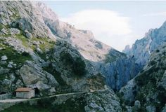Guided Walk in the Picos de Europa (8 days)