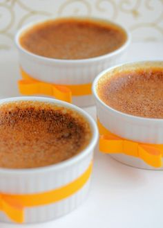 This easy, 5 ingredient low-carb pumpkin custard is a cinch to make. No preheating and cooling before baking. Just whip everything together, pour into ramekins and bake. Only grams net carbs per s (Keto Cool Whip) Low Carb Custard Recipe, Custard Recipes, Pureed Food Recipes, Low Carb Recipes, Dessert Recipes, Keto Desserts, Pudding Recipes, Healthy Recipes, Keto Snacks