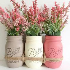 Need to spruce up your living space for spring? Check out these six DIY spring decorations for inspiration!
